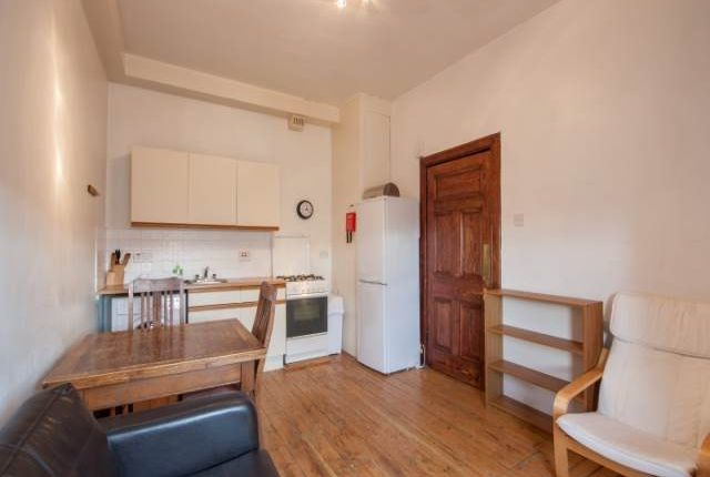 Thumbnail Detached house to rent in Buccleuch Street, Old Town, Edinburgh