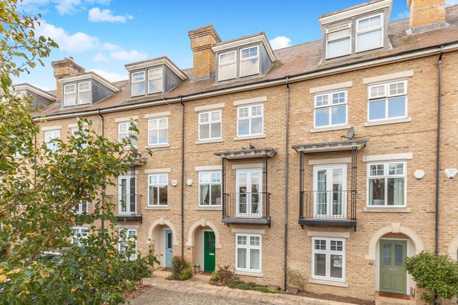 Thumbnail Terraced house to rent in Elizabeth Jennings Way, Oxford