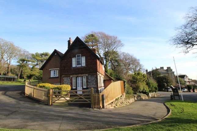 Thumbnail Detached house for sale in Connaught Road, Dover