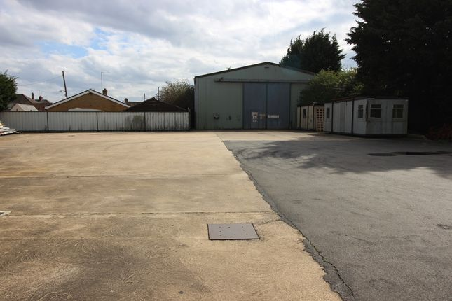 Thumbnail Parking/garage to let in West Road Industrial Estate, Billingborough