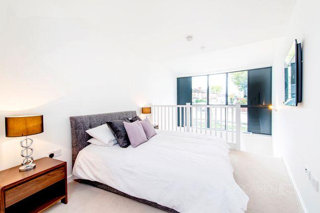 1 bed duplex to rent in Durnsford Road, Wimbledon