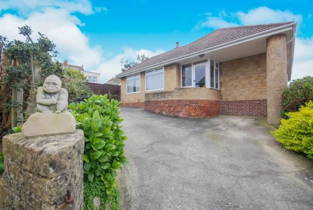 Thumbnail Bungalow for sale in Newcomen Road, Sandown