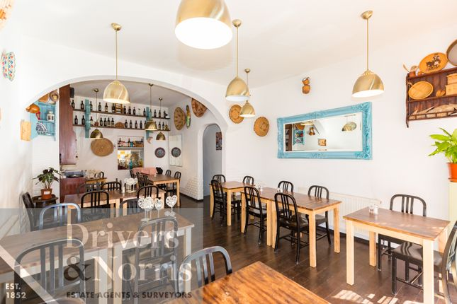 Thumbnail Restaurant/cafe for sale in Dartmouth Park Hill, London