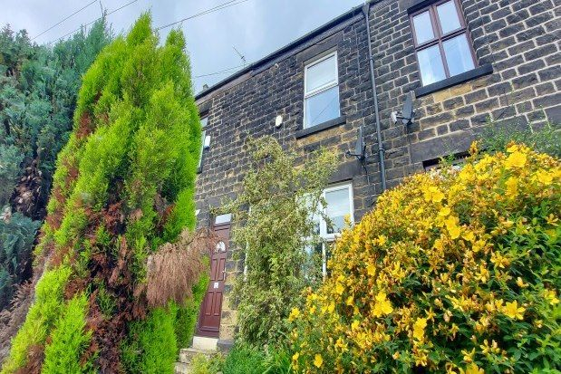 3 bed property to rent in Penistone Road, Sheffield S35