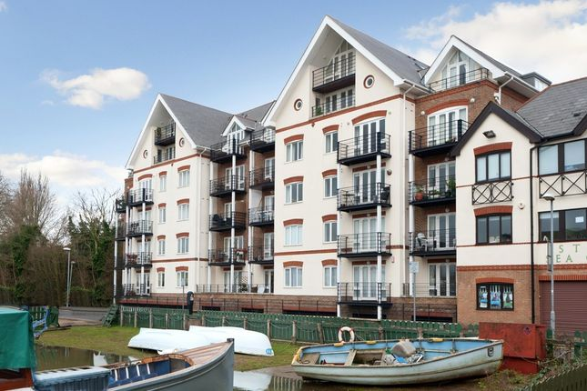 2 bed flat for sale in steadfast road kingston upon thames kt1 44240566 zoopla