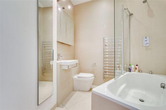 Bathroom of Airlie Gardens, London W8