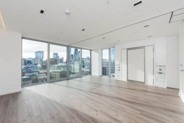 Thumbnail Flat for sale in Cashmere House, Goodman's Fields, London