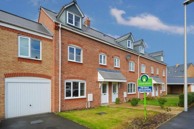 4 bed property to rent in Templar Drive, Nuneaton