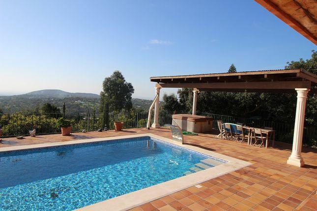 3 bed villa for sale in V1069, Quinta Das Raposeiras Santa Barbara De Nexe, Portugal