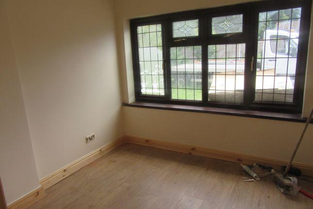 Thumbnail Studio to rent in Ashby Close, Hodgehill, Birmingham