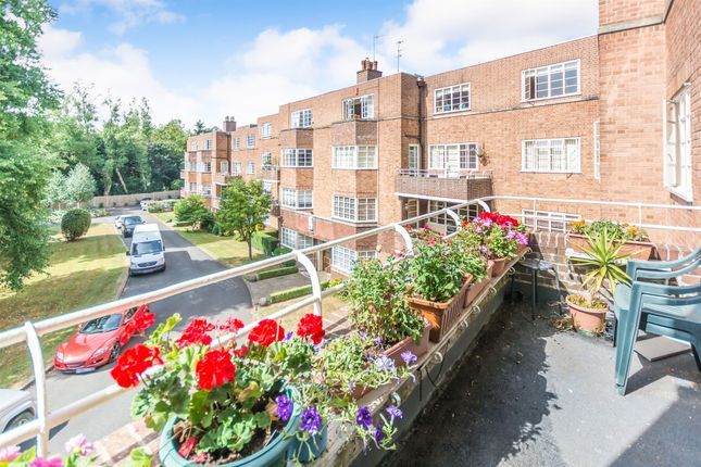 Thumbnail Flat for sale in Viceroy Close, Edgbaston, Birmingham