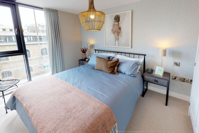2 bedroom flat for sale in New Retort House, Brandon Yard, Lime Kiln Road, Bristol