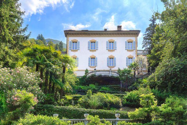 Thumbnail Villa for sale in Lake Como (Town), Como, Lombardy, Italy