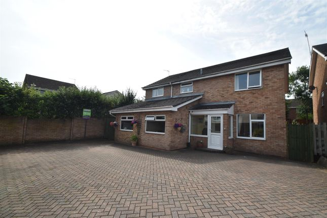 Thumbnail Detached house for sale in Arkle Road, Droitwich