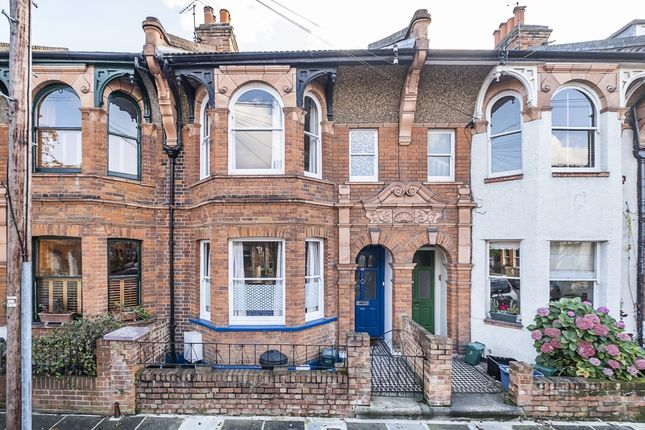 Thumbnail 4 bed flat to rent in Warwick Road, Hampton Wick, Kingston Upon Thames