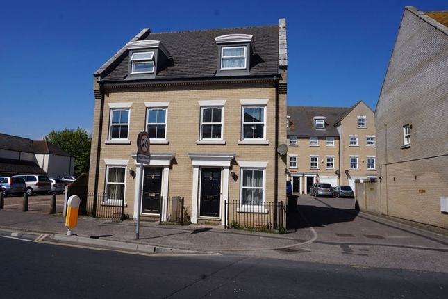 Thumbnail Semi-detached house to rent in High Street, Gorleston, Great Yarmouth
