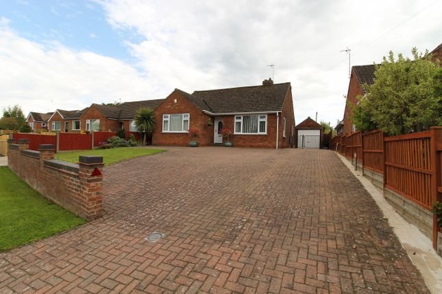 Thumbnail Detached bungalow for sale in Fleets Road, Sturton By Stow, Lincoln