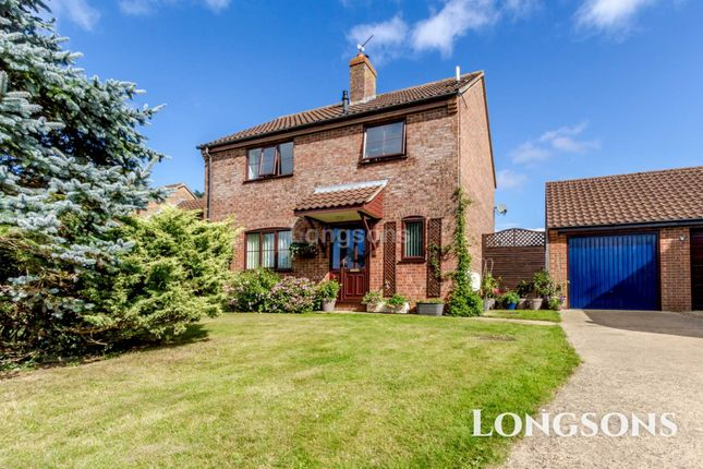 Thumbnail Detached house for sale in Larwood Close, Necton