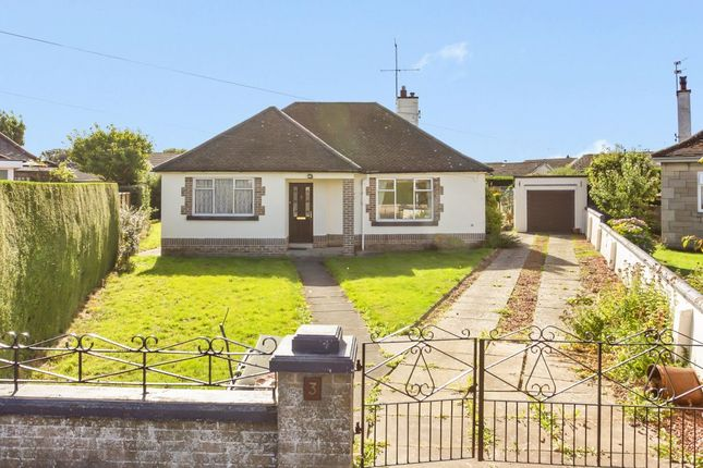 Thumbnail Detached bungalow for sale in 3 Dundas Grove, Dalkeith