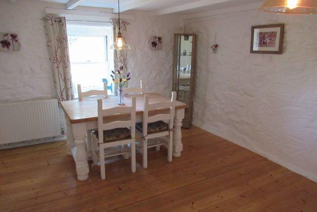 Dining Room of Bridge Cottage, Jordanston Bridge, Castlemorris SA62
