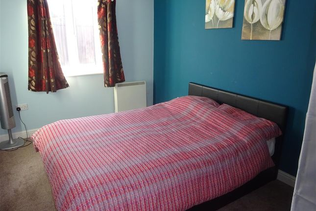 Bedroom of Chester House, Darwin Close, York YO31