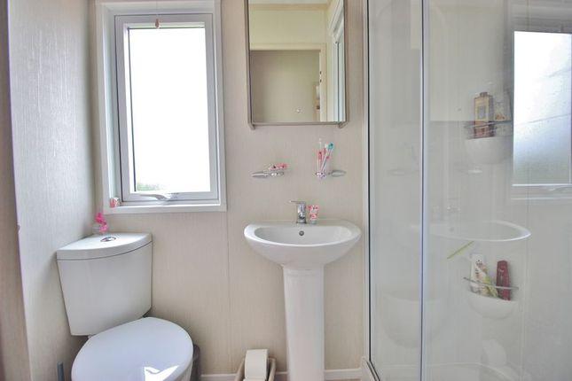 Bathroom of Eastern Road, Portsmouth PO3