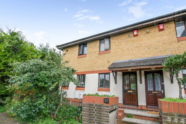 Thumbnail Terraced house to rent in Oxley Close, London, London