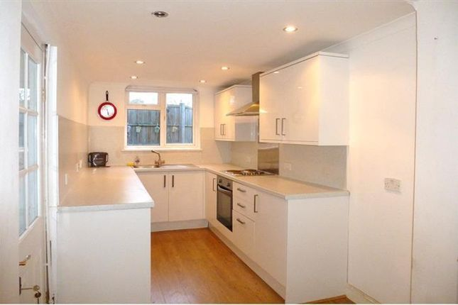 Thumbnail Property to rent in Staplegrove Road, Staplegrove, Taunton
