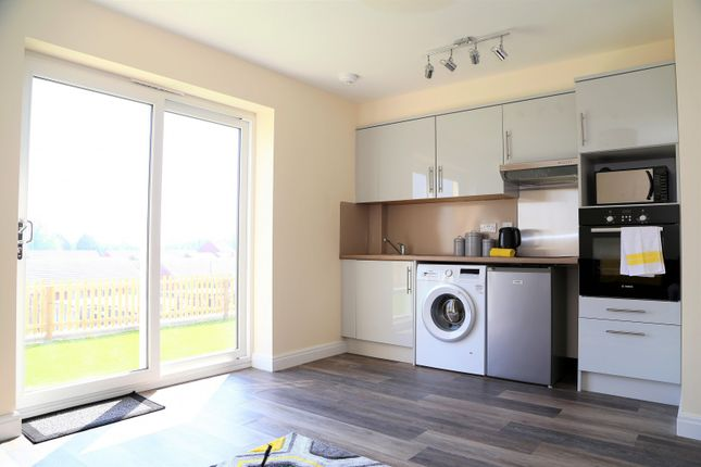Thumbnail Property to rent in Wern Terrace, Port Tennant, Swansea