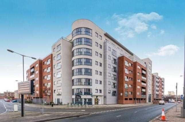 Thumbnail Flat to rent in The Reach, Leeds Street, Liverpool