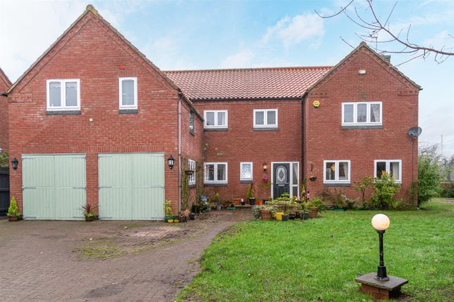 Thumbnail Detached house for sale in Homeleigh Lane, Hoveringham, Nottingham