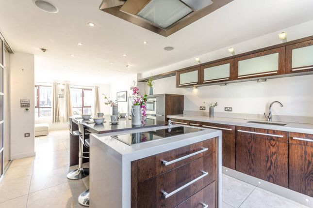 3 bed terraced house for sale in Prospect Place, Wapping