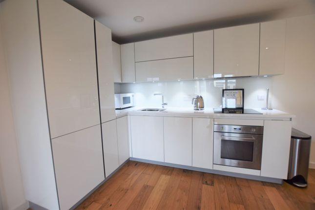 Kitchen of 10 Eythorne Road, Brixton / Oval SW9