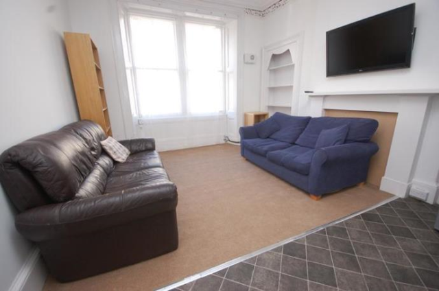 Thumbnail Flat to rent in Orwell Place, Edinburgh