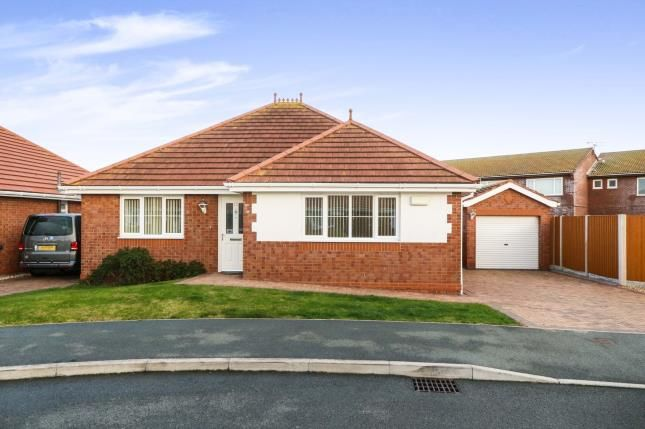 Thumbnail Bungalow for sale in Summer Court, Towyn, Abergele, Conwy