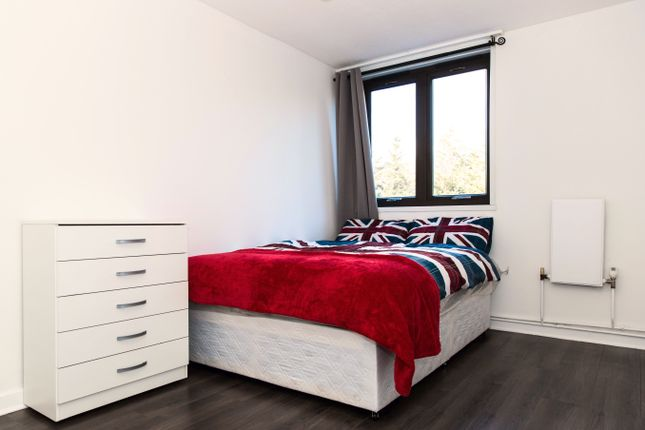 Room Available  of Tavistock Cres, Notting Hill, Central London W11