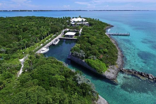 Thumbnail Villa for sale in Foot's Cay, Near Guana Cay, Abaco