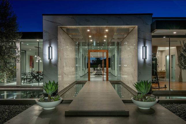 Property for sale in Loma Vista Drive, Beverly Hills, Los Angeles, California