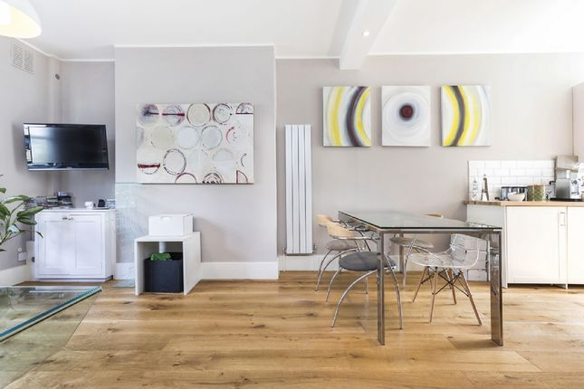 Thumbnail Flat for sale in Fermoy Road, London