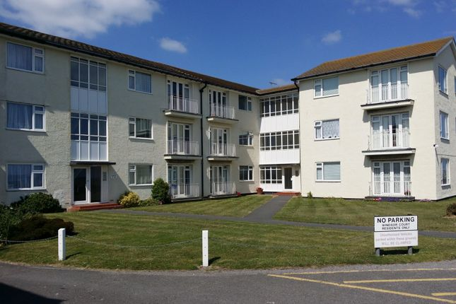 Thumbnail Flat to rent in Flat 11, Windsor Court, Brighton Road