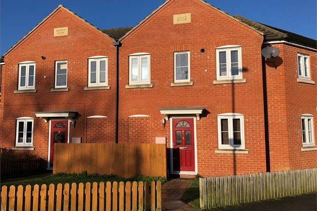 2 bed detached house to rent in Park Road, Raunds, Wellingborough, Northamptonshire NN9