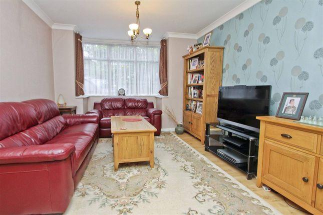Living Room of Hoylake Crescent, Ickenham, Uxbridge UB10