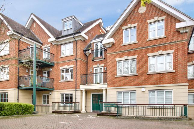 Thumbnail Flat for sale in Thornbury Lodge, Slades Hill, Enfield