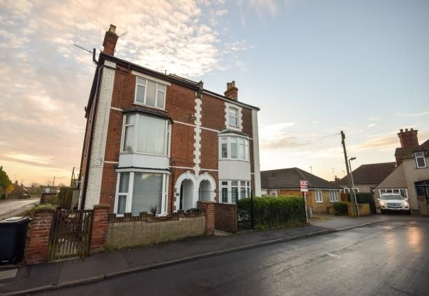 Thumbnail Flat for sale in Mildmay Road, Burnham-On-Crouch