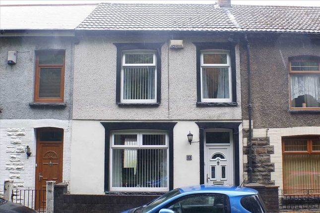 Main Picture of Gwenfron Terrace, Williamstown, Tonypandy CF40