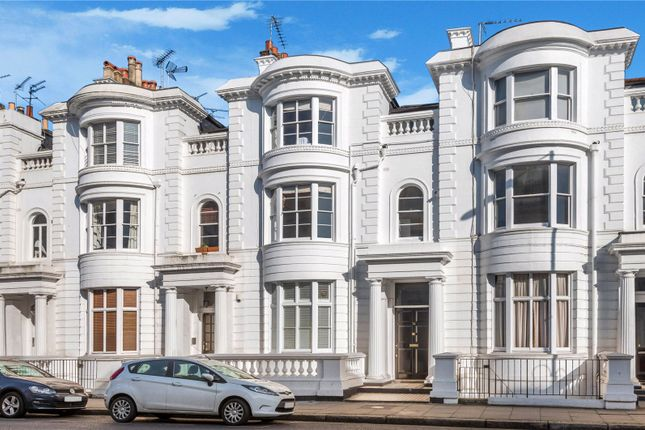 Picture No. 19 of Gloucester Terrace, Lancaster Gate, London W2