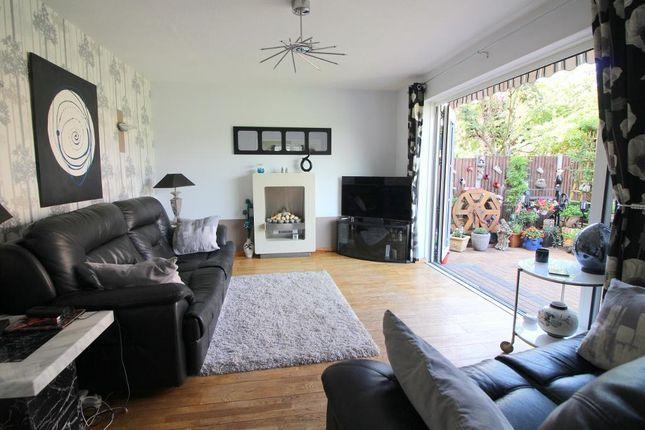 Photo 6 of Arbour Close, Luton, Bedfordshire LU3