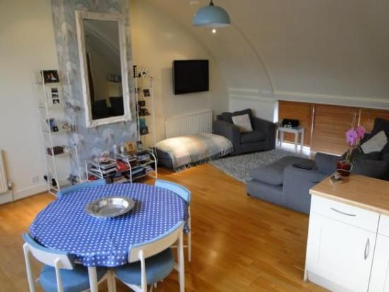 Thumbnail Flat to rent in Russell Hill Place, Purley, Surrey