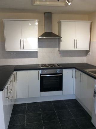 2 bed flat to rent in Front Street, Sacriston, Durham DH7