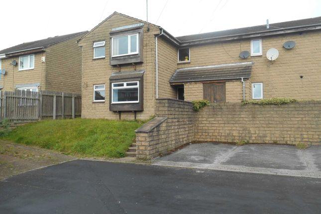 Studio to rent in Harlington Court, Morley, Leeds LS27